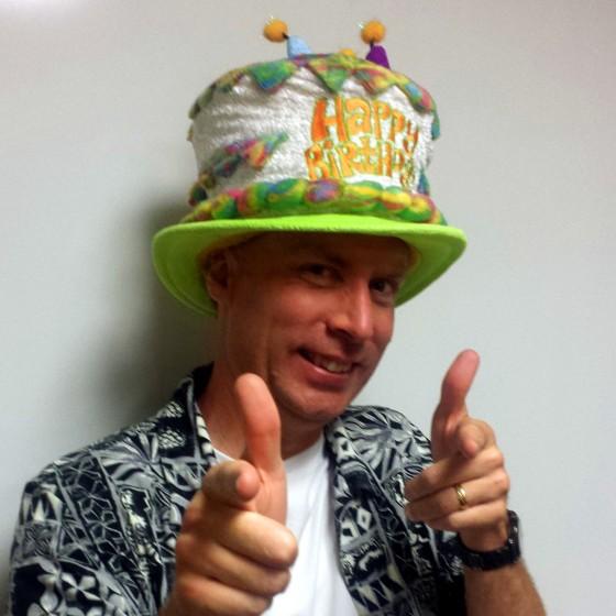 happy-birthday-hat-2